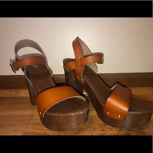 mossimo supply co platform heels